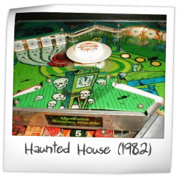 Haunted House playfield image 32